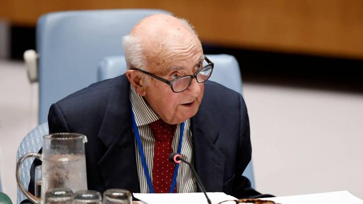 Predsednik Theodor Meron [UN Photo / Evan Schneider]